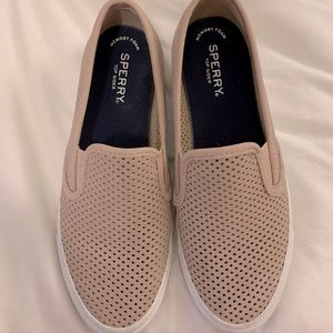 Women's Sperry slip ons